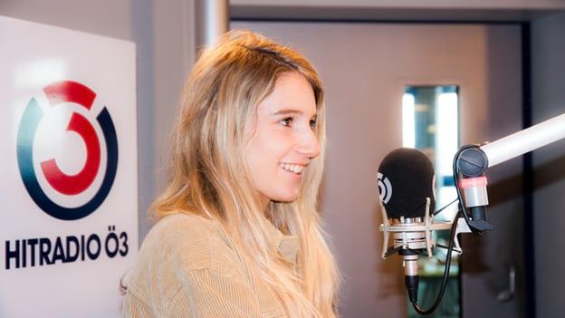 Anna Gasser: Fotografiert von Anastasia Lopez bei Hitradio Ö3 (ORF)