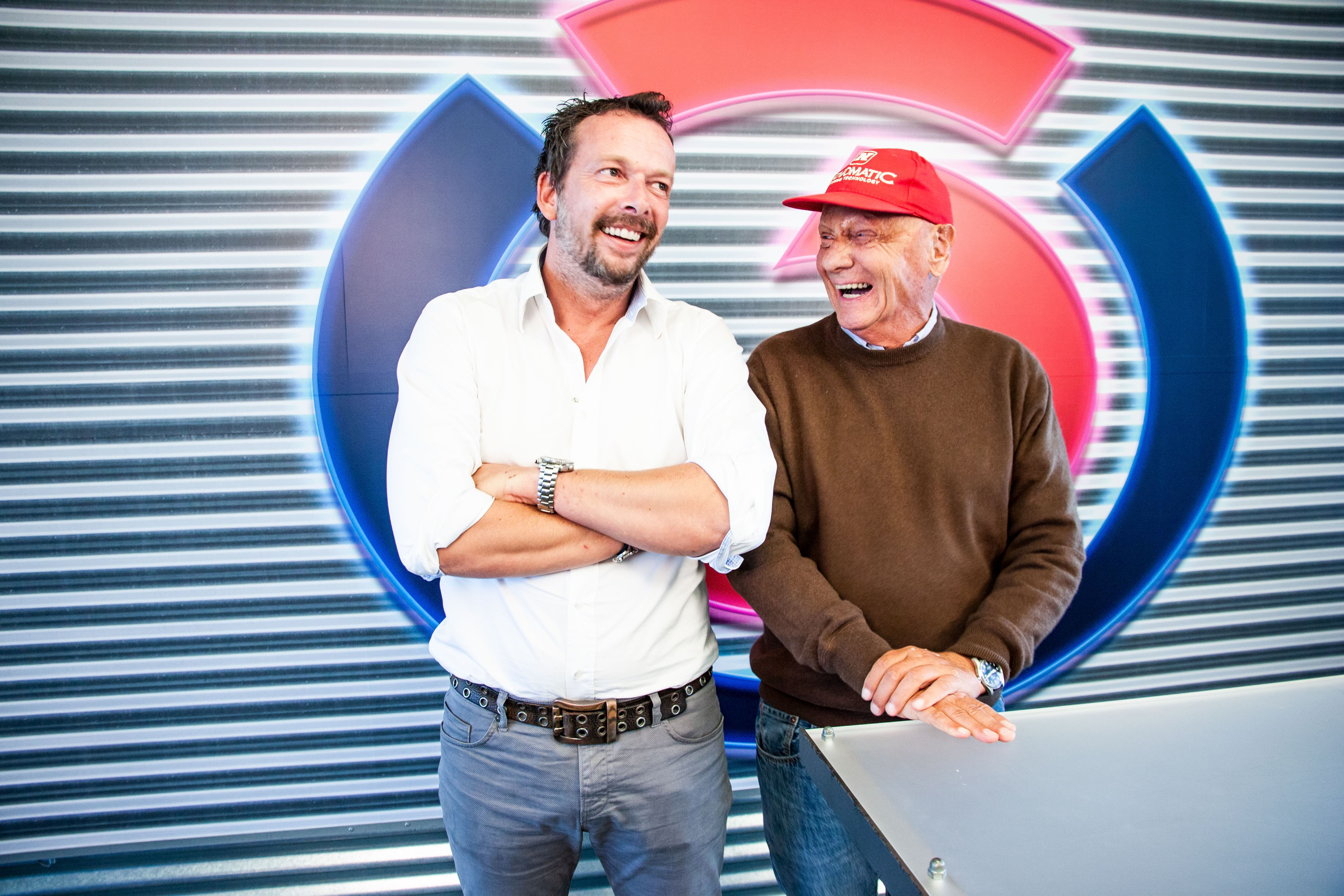 Niki Lauda mit Robert Kratky: Fotografiert von Anastasia Lopez bei Hitradio Ö3 (ORF)